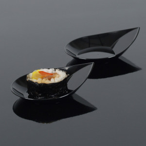 Engångsskål i plast, droppformad svart, 50 st