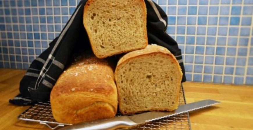 Matbröd med rågkross