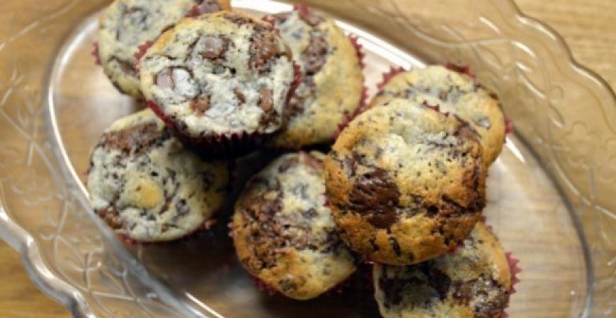 Chokladmuffins med philadelphiatopping