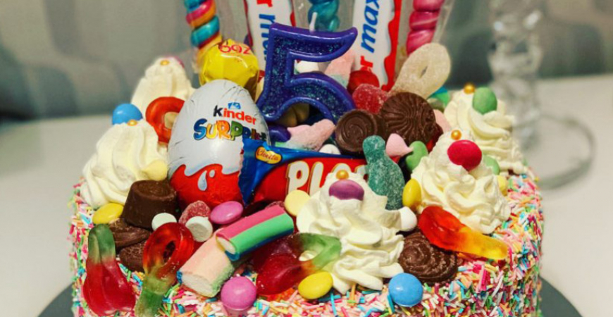Godistårta - Tårtor med godis