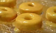 Citronmunkar doppade i kolasås