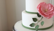 Tårtor med sockerblommor