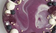 Tårtor med frukt och bär