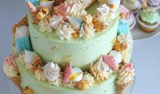 Strösseltårtor - Confetti Sprinkle Cakes