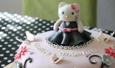 Tårtor med Hello Kitty